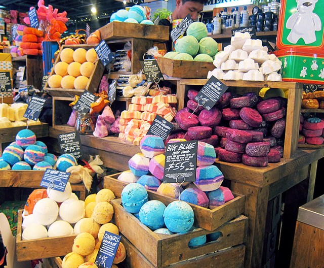 Lush Hong Kong Bathbombs