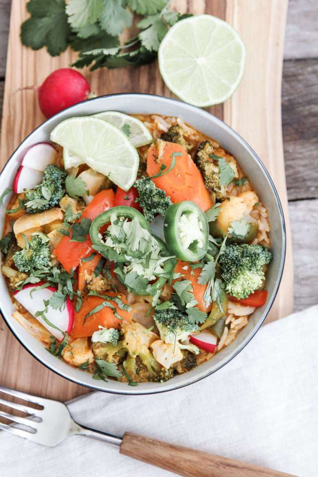 Vegetable Red Thai Curry Bowls: Jessi's Kitchen