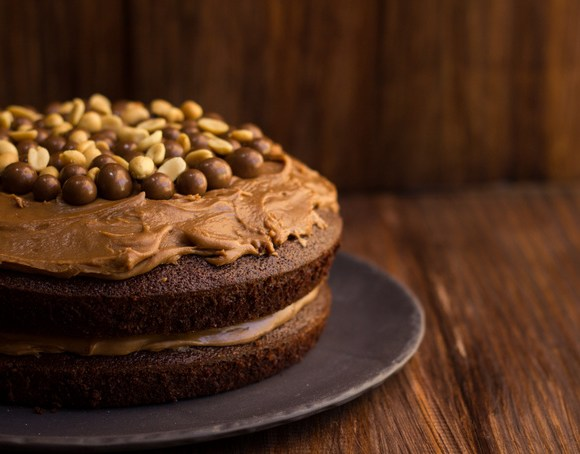 Peanut butter and nutella frosting