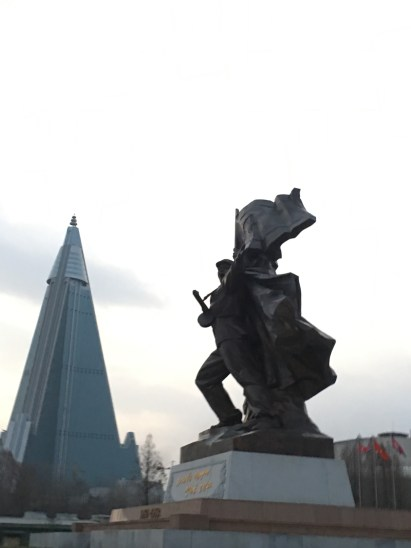 Statue and Ryugyong Hotel in background