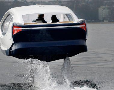Seabubbles (2eme version) essai sur le lac leman à Genève