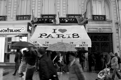 'I love Paris in the rain', literally | Alfonso Ponce