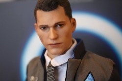 unboxing figurine VTS Toys Connor (Detroit Become Human)