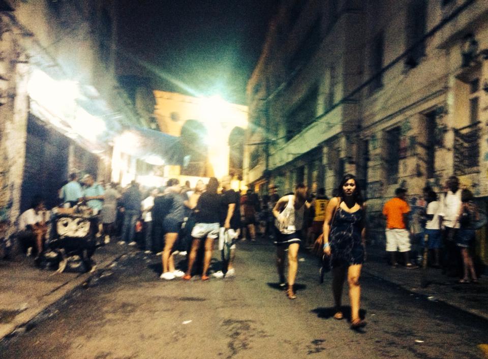 Rio night street scene
