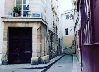 romantic rue de Nevers Paris 75006