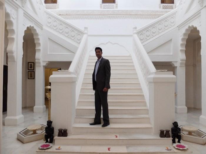 Bal-Samand-Palace-Hotel-manager