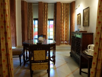 Bal-Samand-Palace-Hotel-suite