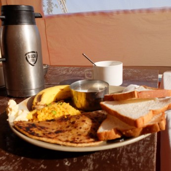 Prince-Desert-Camp-breakfast