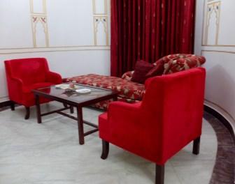 Hotel-Rang-Mahal-suite-lounge