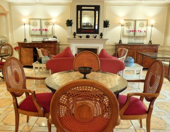 Hotel-As-Janelas-Verdes-dining-room