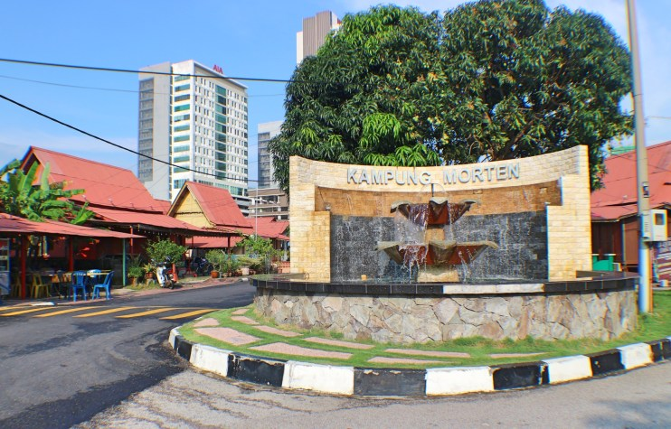 Kampung-Morten-fountain
