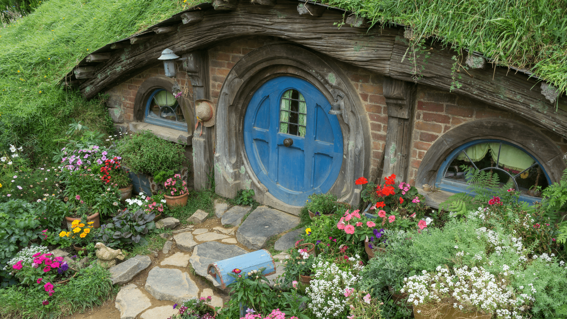Lord of the rings Hobbit homes New Zealand blue door