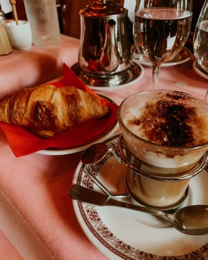 Croissant with a cappuccino from Ma Bourgogne