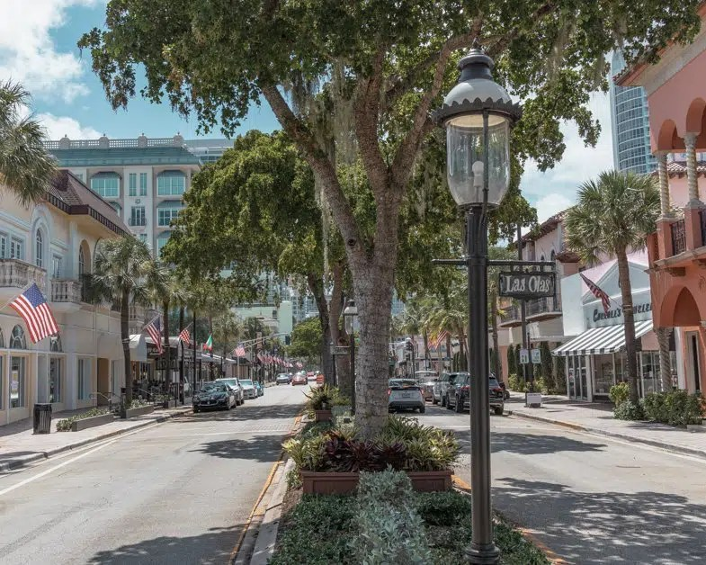 Las Olas Boulevard one of the top things to do in Fort Lauderdale for free