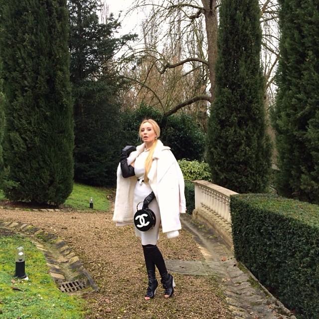 White Winter Fashion Streetstyle