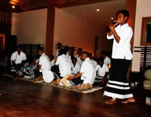 evening entertainment veligandu maldives