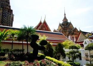Temples-Bangkok-Thailand-37