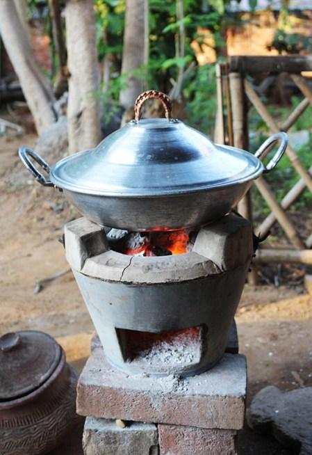 Cooking in Myanmar 4