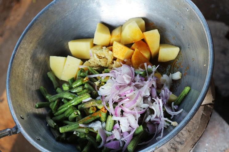 Cooking in Myanmar 5