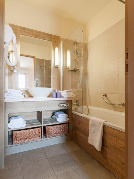 salle-de-bain-residence-premium-les-terrasses-d-eos-flaine-FWL_62551_34