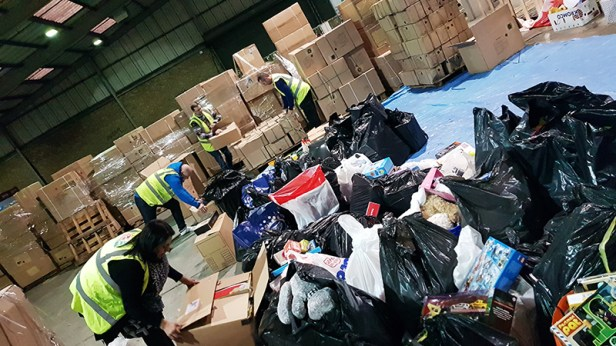 Mission Christmas Cash for kids Manchester 15