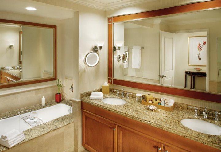 Bathroom Premium Bayview