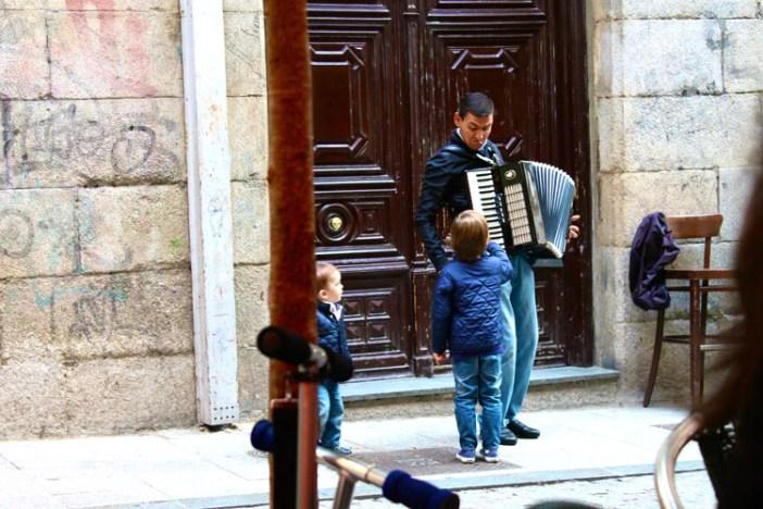 barcelona spain accordian 4
