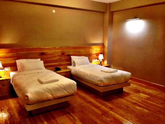 lobesa hotel punakha bhutan