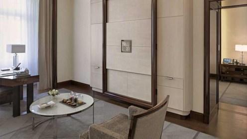 The Paris Peninsula suite