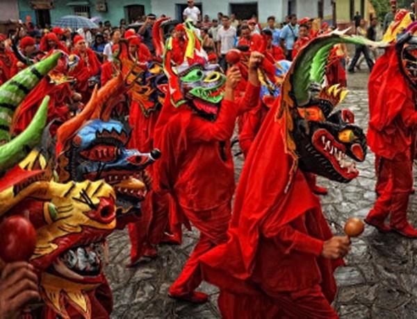13 Diablos Danzantes