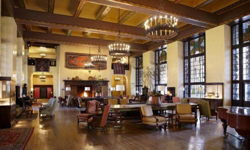 Ahwahnee Hotel Yosemite lobby