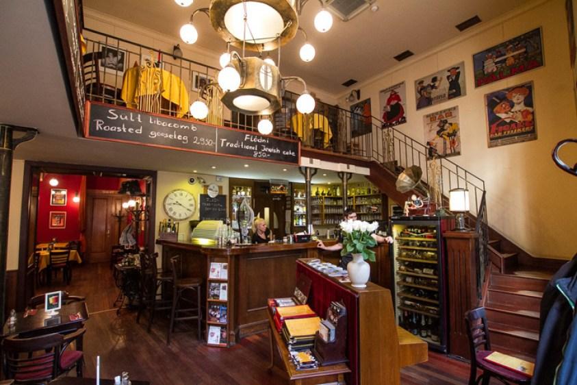 Hungary Budapest restaurant Spinoza Café