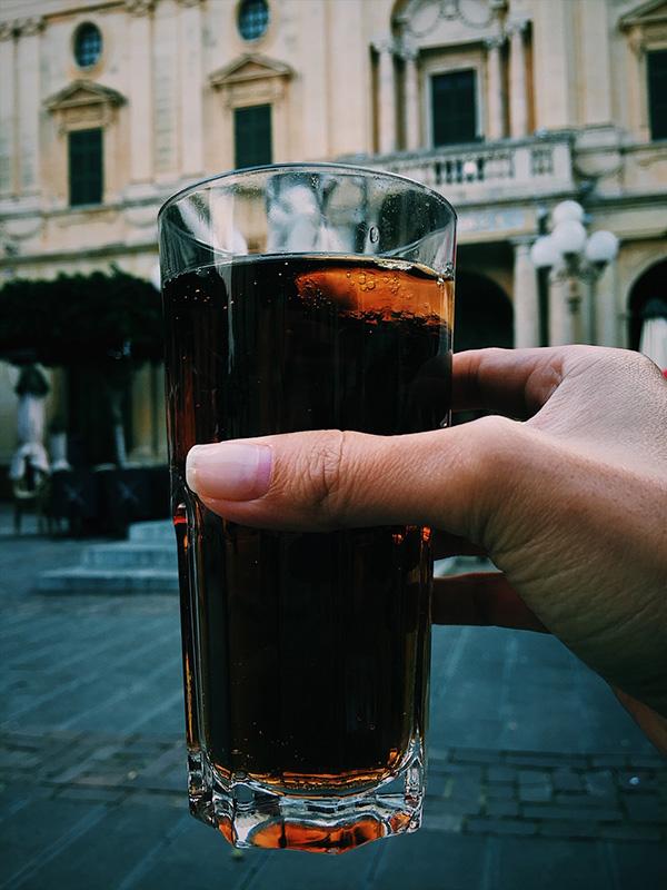 Kinnie drink, Malta