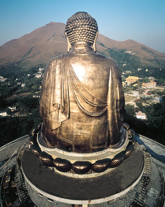 Tian Tan Buddha.
