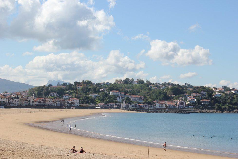 One day in st jean de luz france jetsetting fools - Restaurant la grande plage port louis ...