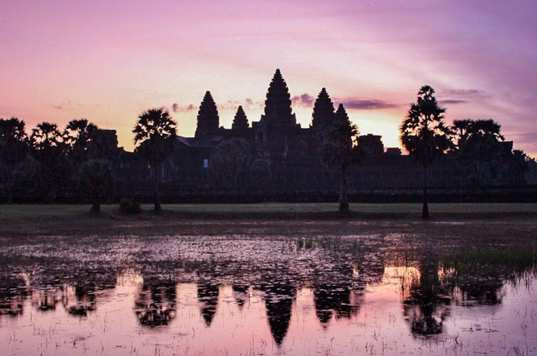 Pink sky at Angkor Wat Sunrise from Right Pool