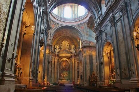 Light streams through dome at Estrela Basilica in Lisbon, Portugal