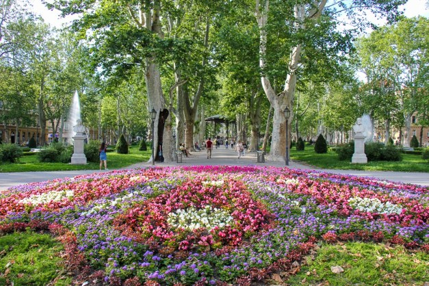 Spring flowers at Zrinjevac Pak in Zagreb, Croatia