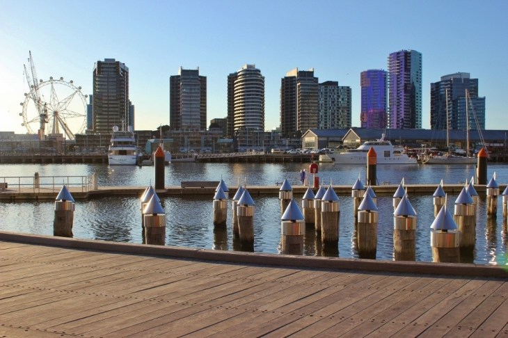 We arrived early for the Docklands Winter Festival Fireworks and took advantage of the last light of day and strolled the area.