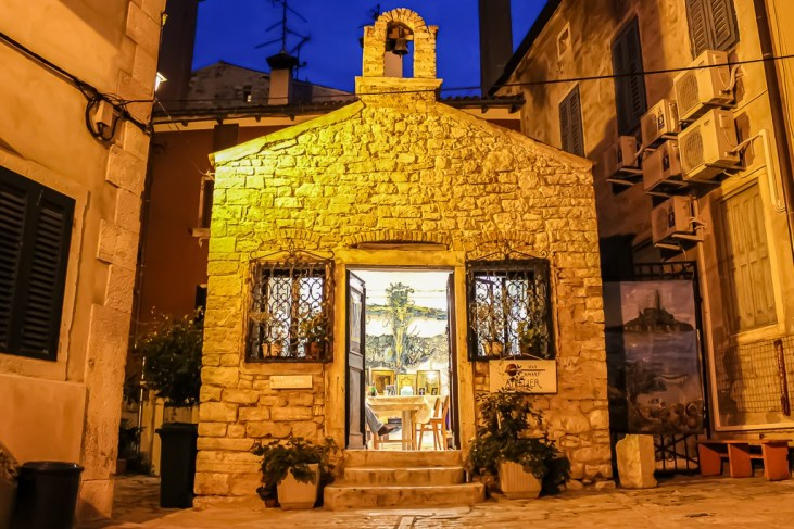Artist gallery in Rovinj, Croatia