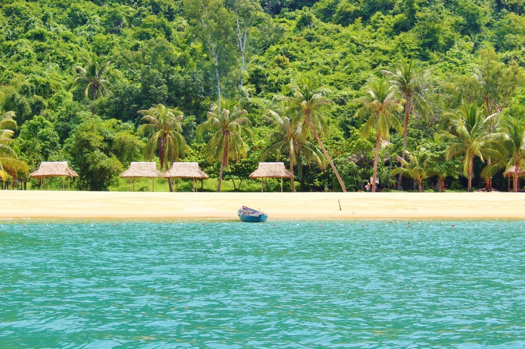 Day Trip to the Cham Islands from Hoi An on our 2-week Vietnam Itinerary