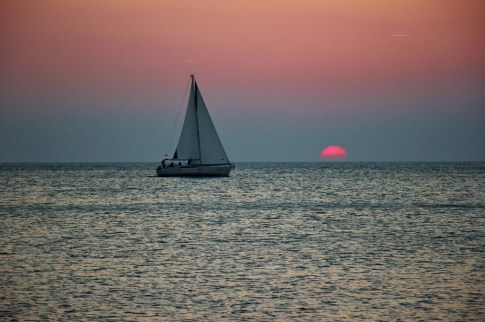 sailing-into-the-sunset-piran-slovenia