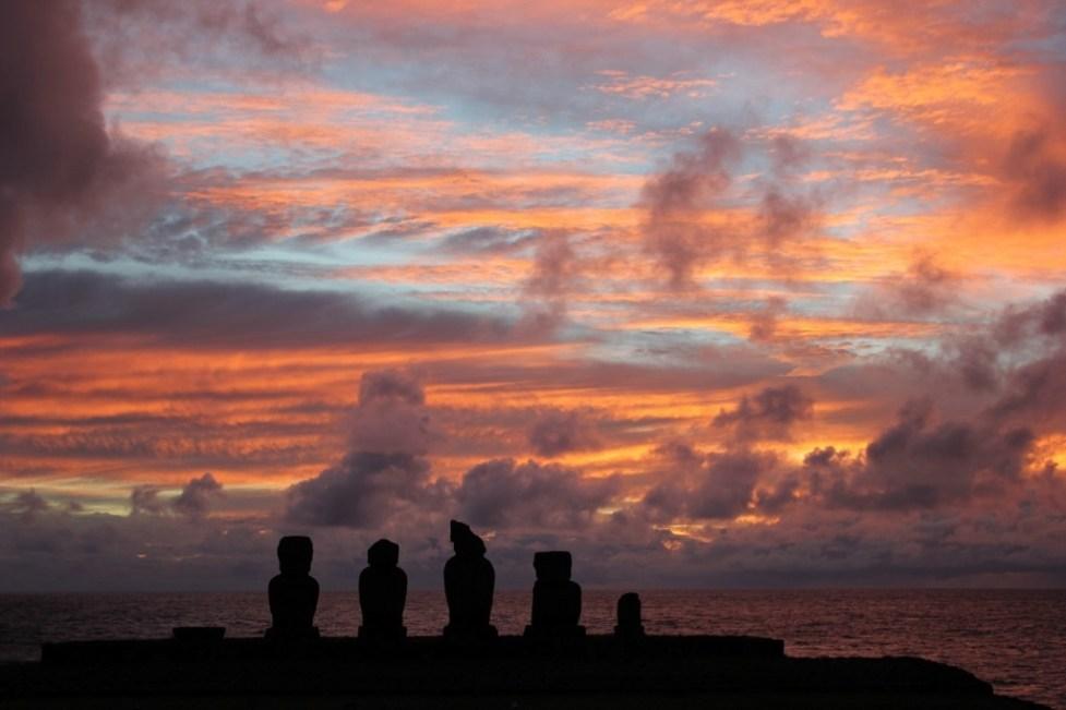 Colorful sunset at Tahai on Easter Island, JetSettingFools.com