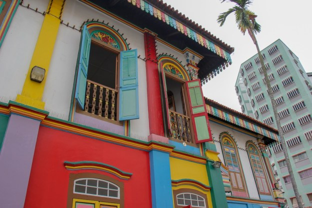 Colorful and historic House of Tan Teng Niah in Little India in Singapore