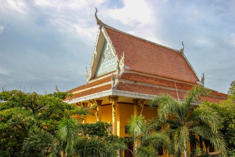 Historic Wat Ounalom in Phnom Penh, Cambodia