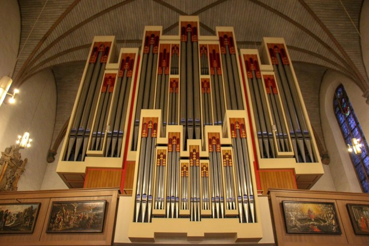 Organ at St. Katharinenkirche in Frankfurt, Germany