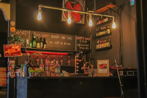 Dog Step Craft Beer Bar in Beacon Place in Bangkok On Nut