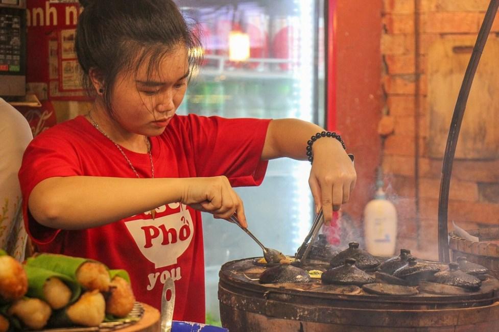 Cooked to order, Ben Thanh Streetfood Market, Vietnam