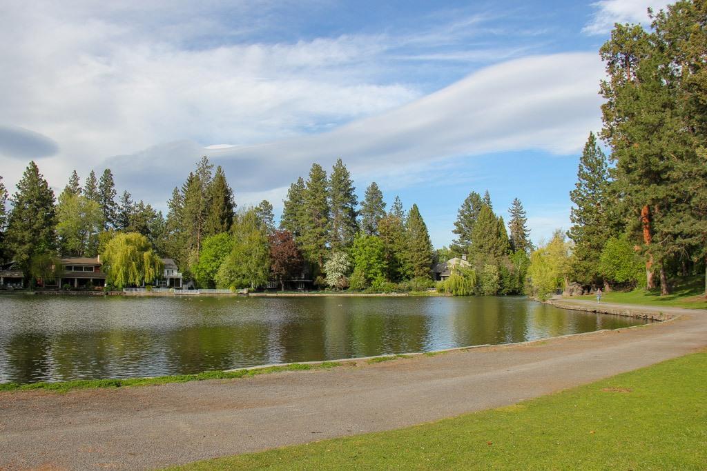 Walking in Drake Park, Bend, Oregon