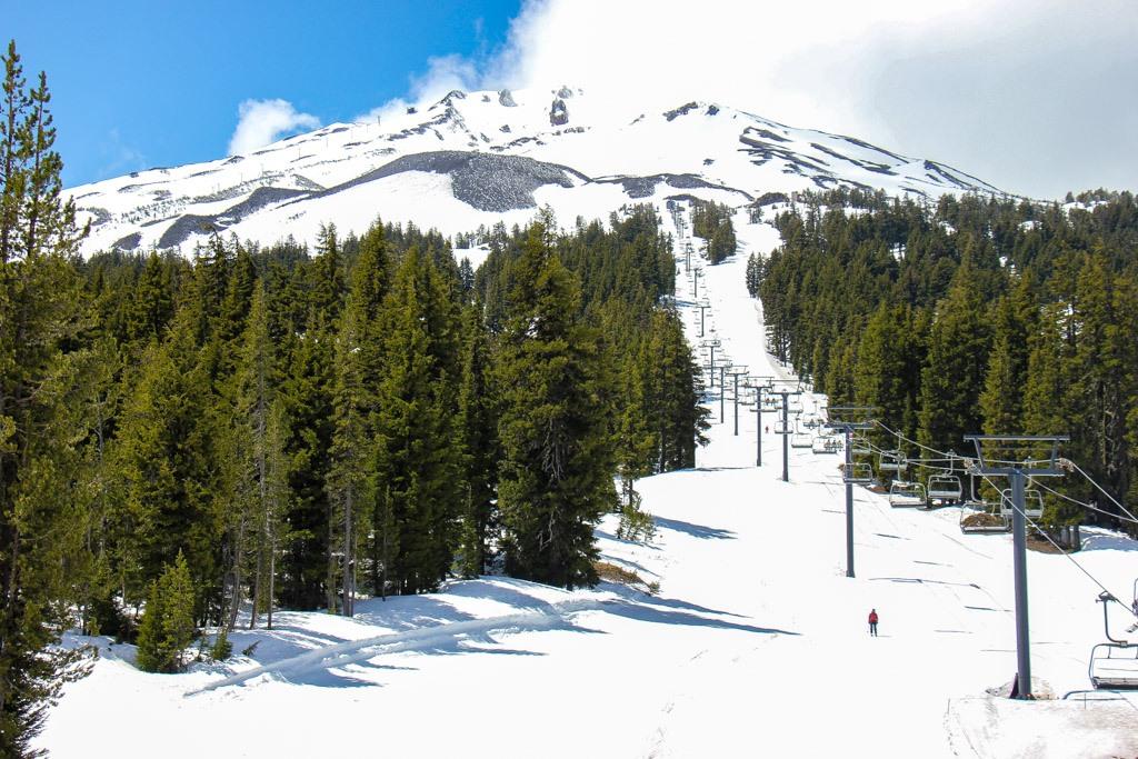 Skiing Mt Bachelor, Bend, Oregon